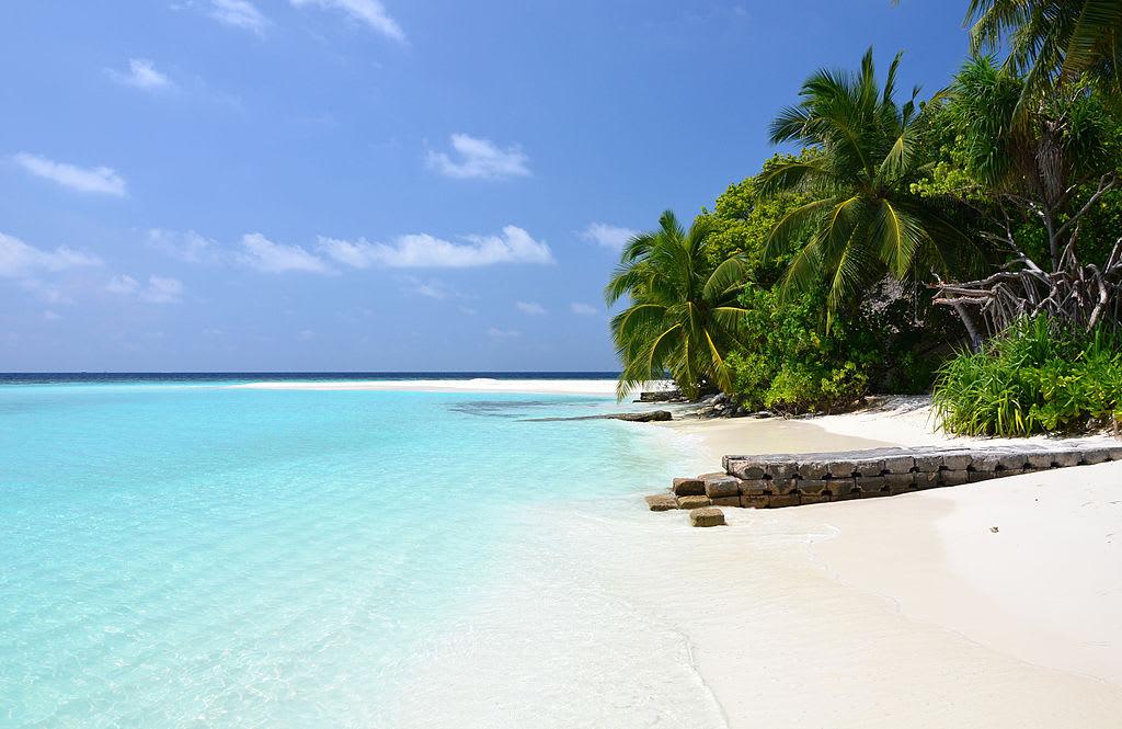 How to budget friendly Maldives Getaway