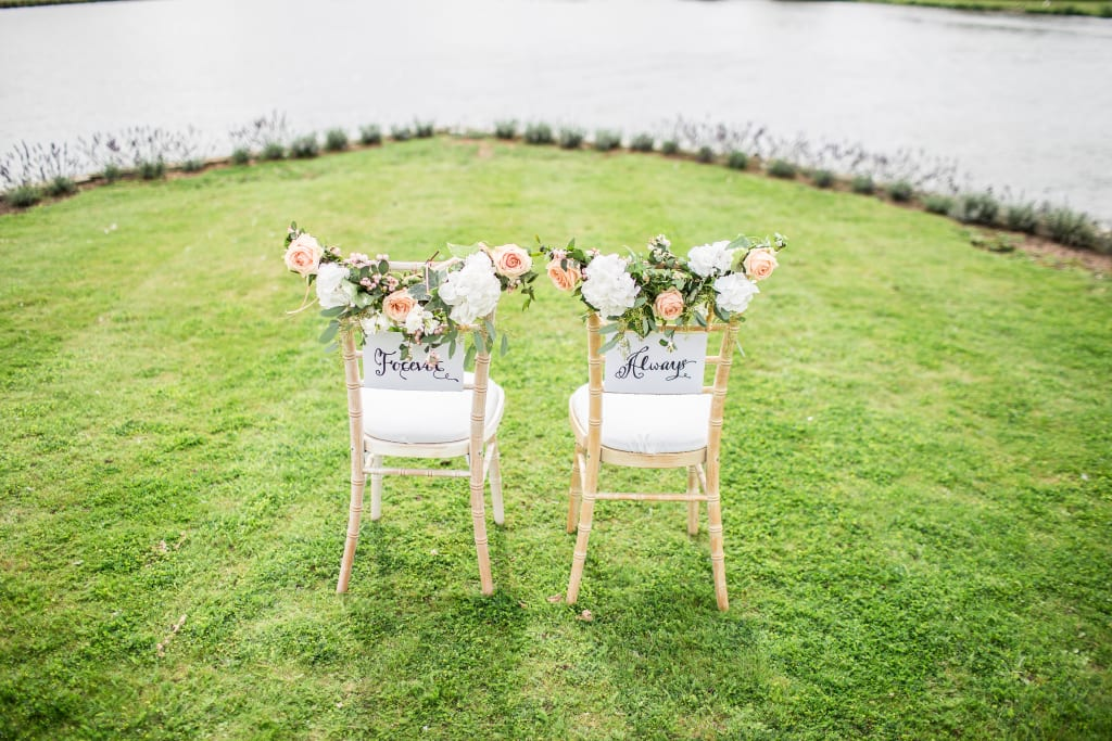 Your Ultimate Guide for the Perfect At-Home Wedding