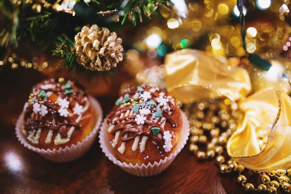 Beautiful Christmas Cakes to Make for the Holidays
