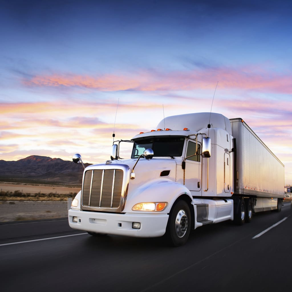 6 Safe Driving Tips When Next to a Big Rig Truck