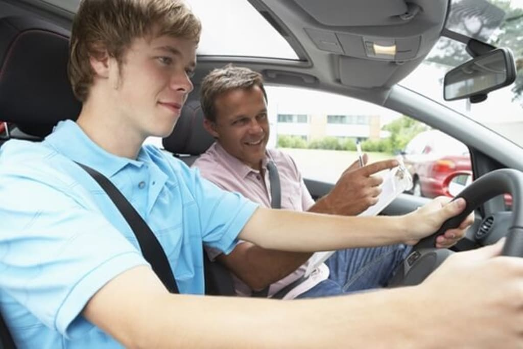 What Is the Right Time to Take Up Driving Lessons?