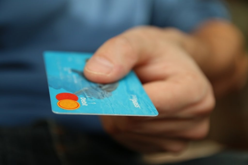 5 Things You Should Know About Establishing Credit