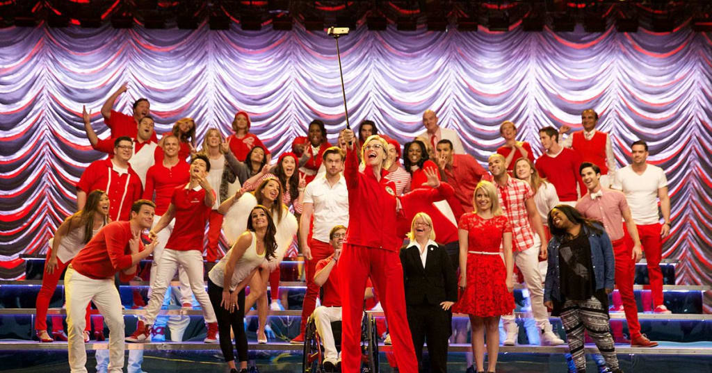 10 Songs That Glee Would Have Covered If It Was Still On TV