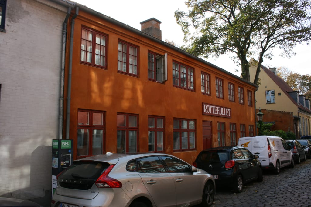 How to find cheap moving companies in Aalborg