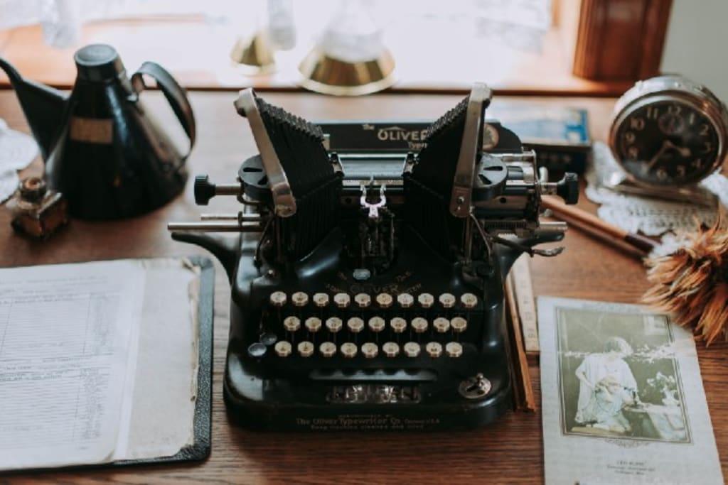 Agatha Christie's Plotting Secrets