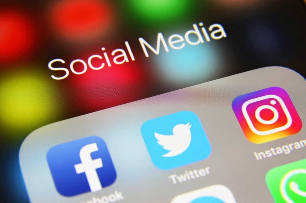 How Social Media Can Help You Reach Your Goals?