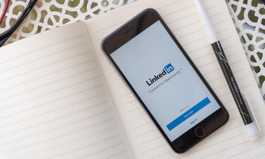7 tips to create smarter Linkedln Resume