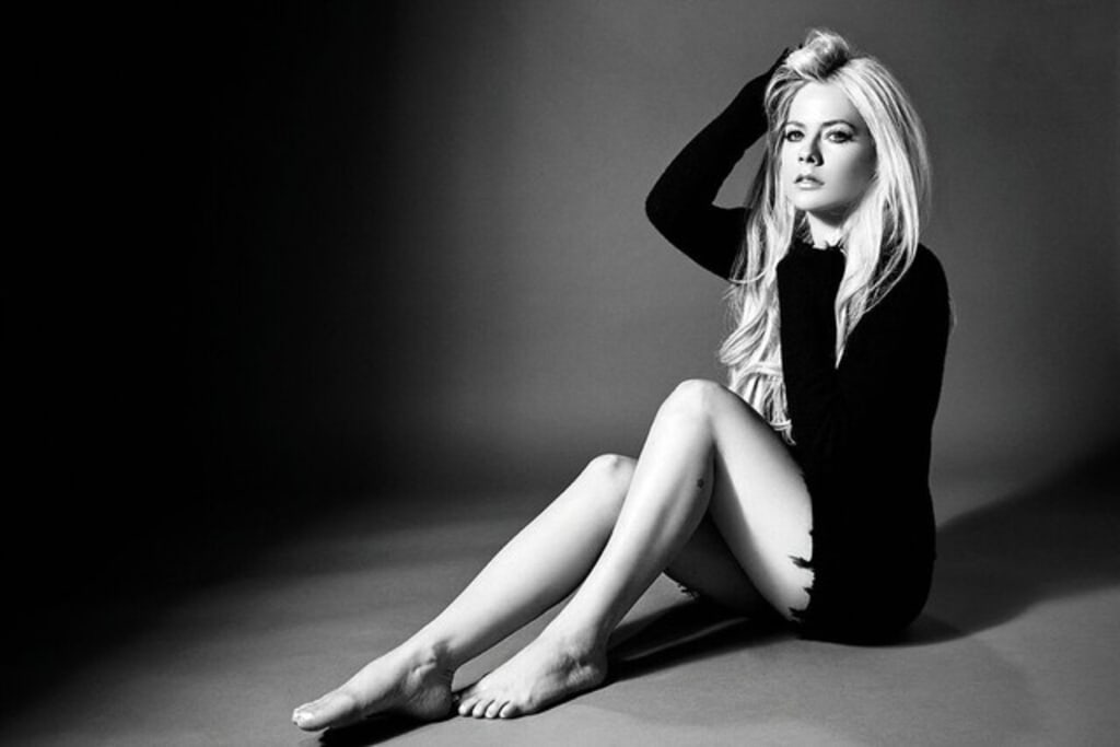 "Avril Lavigne Takes Her Music to Another Level with ""Head Above Water"""