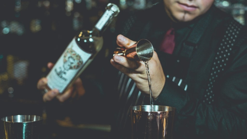 6 Tips and Tricks; How to Get Hired in the Service/Alcohol Industry