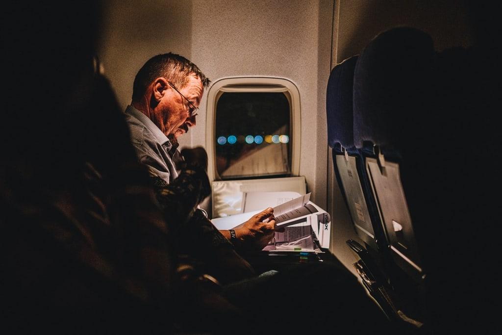 5 Ways to Get Through a Long Haul Flight