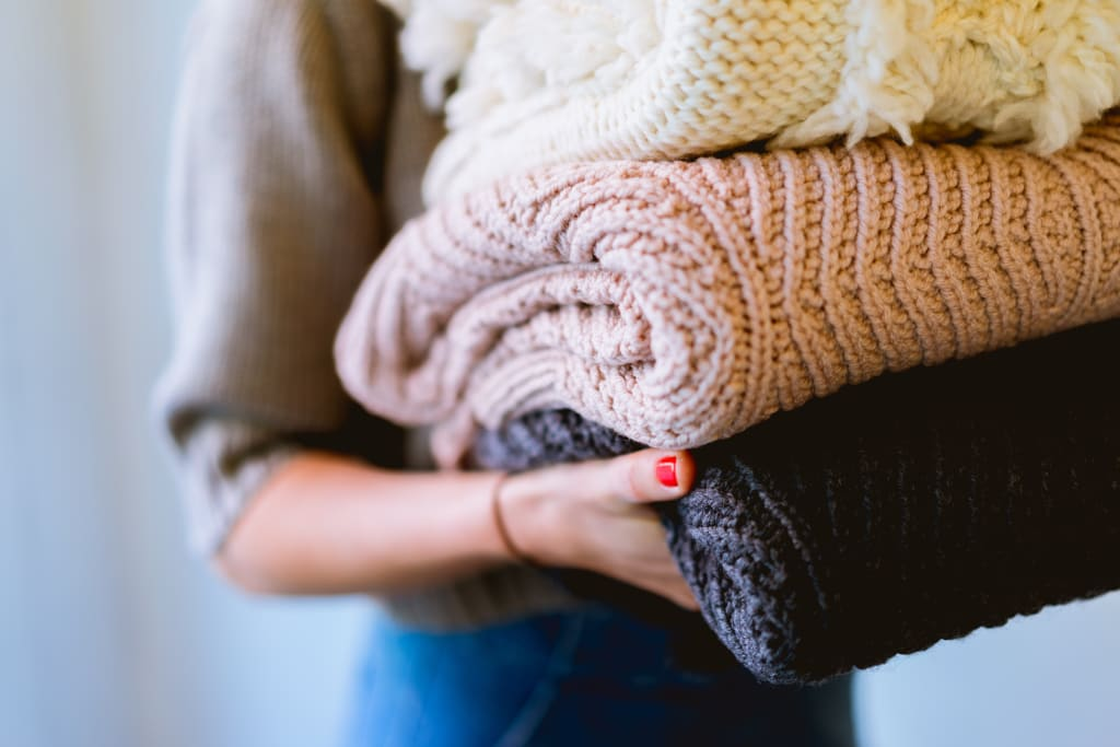 10 Lifehacks to Extend the Life of Clothing