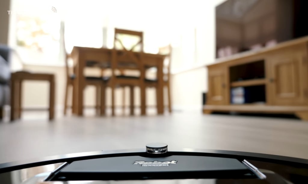 How Roomba Robot Vacuum Cleaners Evolved: From 980 to s9