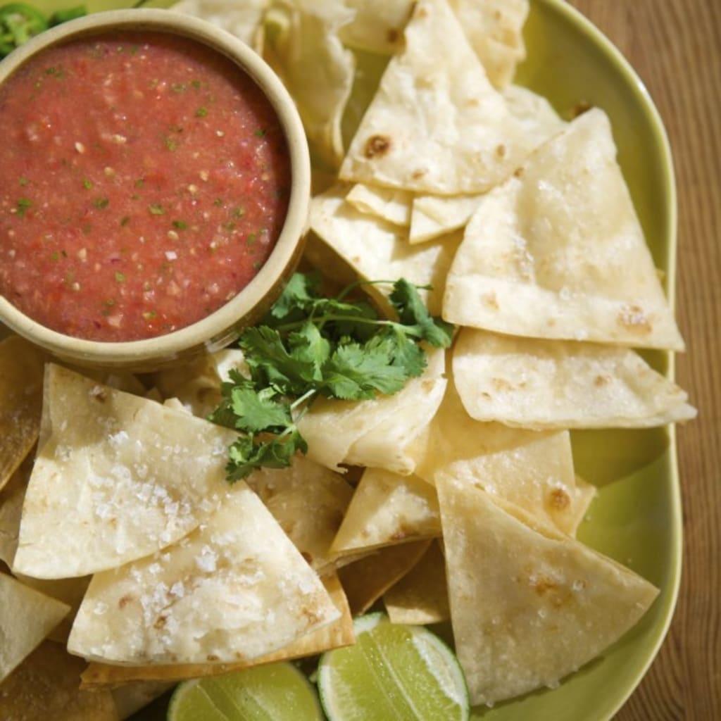 Simply Samantha: Homemade Salsa and Tortilla Chips