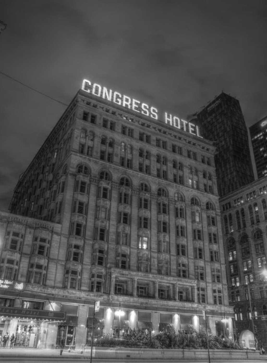 A Night in Chicago's Most Haunted Hotel
