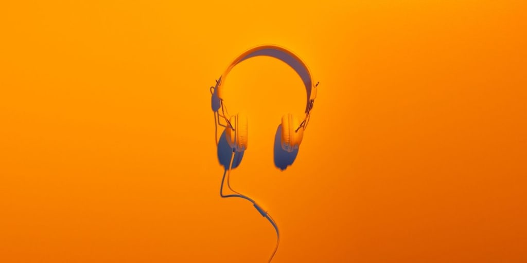 Best Mystery Podcasts to Listen to
