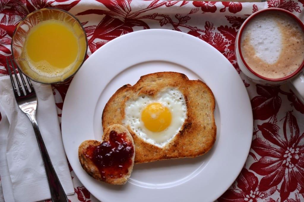 Top 9 Romantic Breakfast Recipes