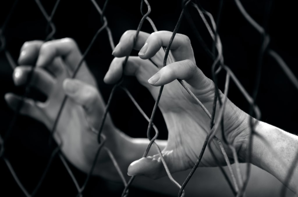10 Signs of a Human Trafficking Ring