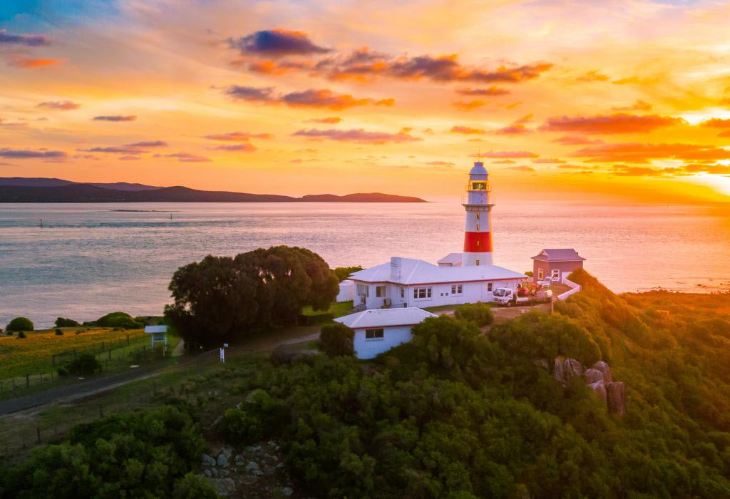 Six Best Places to Visit in Tasmania
