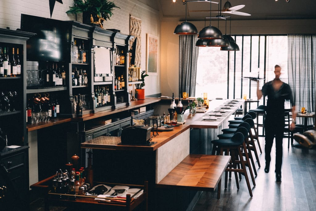 4 Tips That Can Help Local Restaurants Win the Battle Against Restaurant Chains