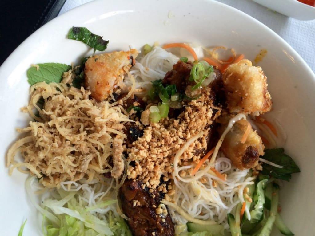 We Rate the Vietnamese Restaurants of Kingsland Road, London