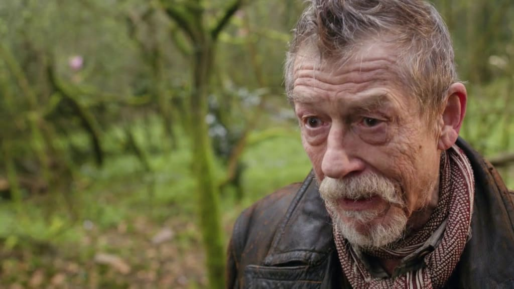 'Doctor Who' Cast and Crew Remember Sir John Hurt in 'Doctor Who' Magazine
