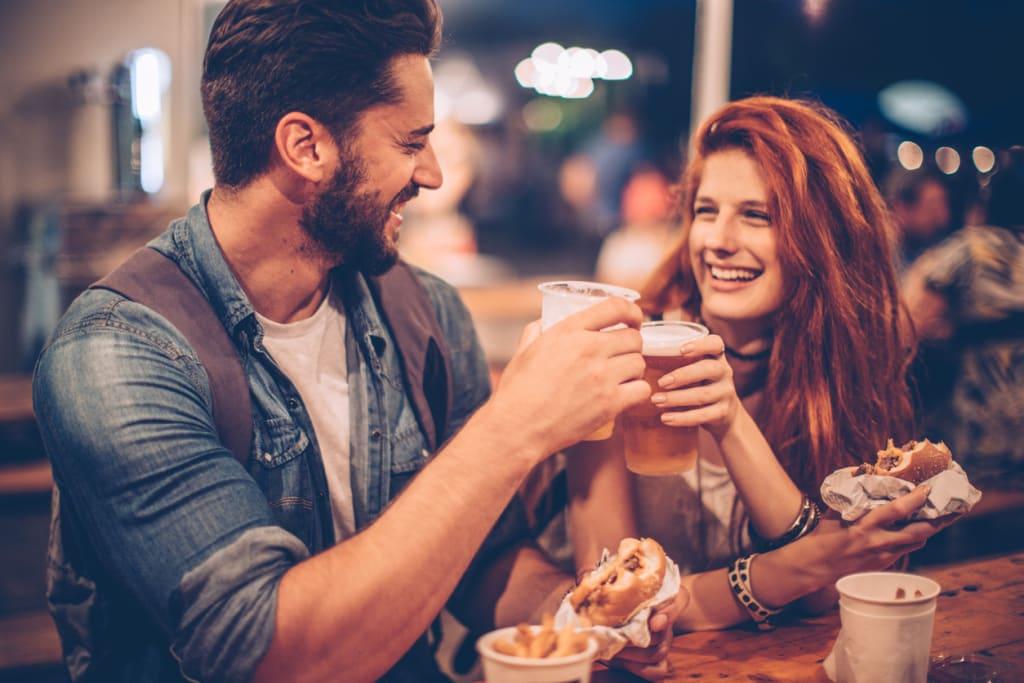 er det en datingside for geeksskyggen hjerter pakt dating antrekk
