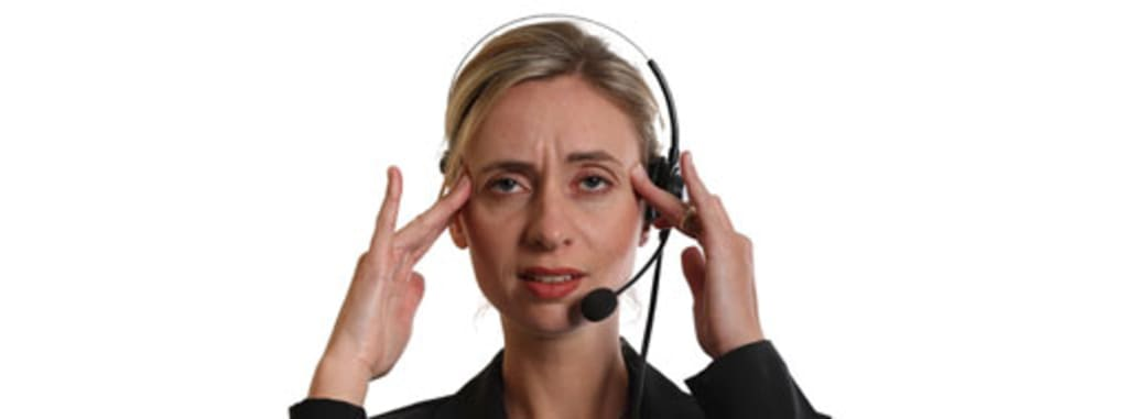 6 Things a Call Centre Worker Wishes You Knew