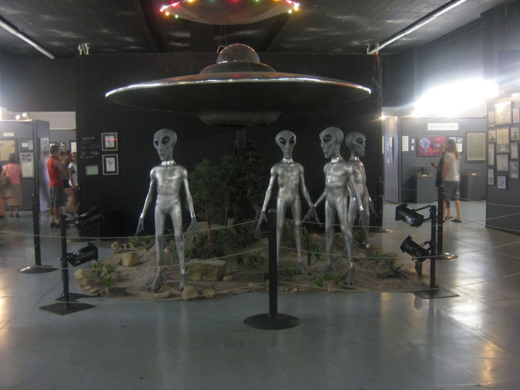 """""""The Truth Is Out There"""": A Visit to the International UFO Museum and Research Center in Roswell, New Mexico"""