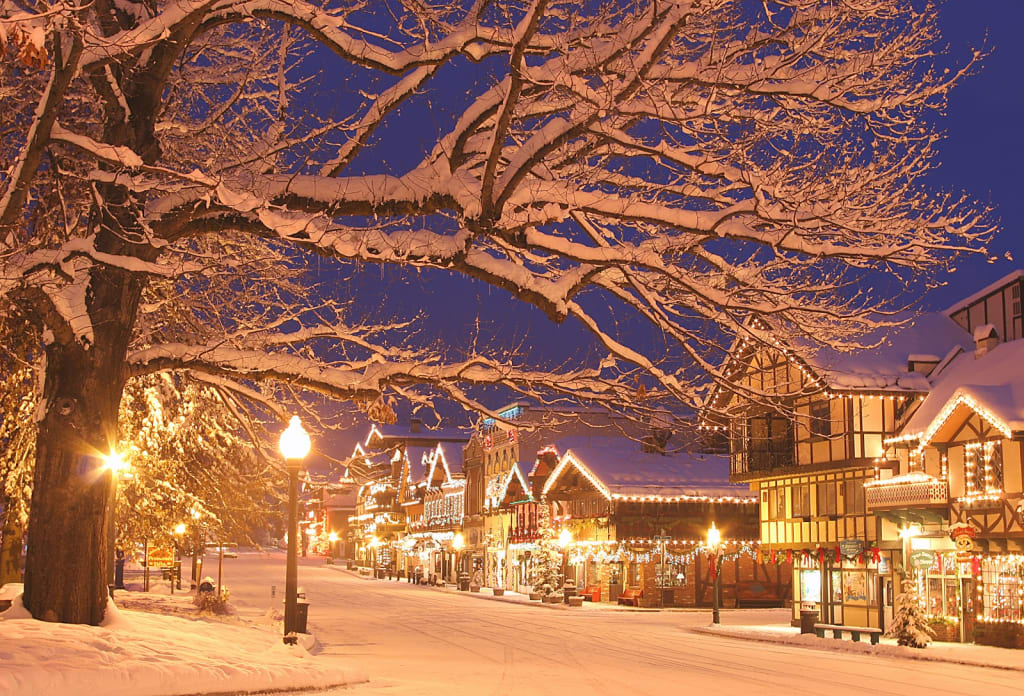 The Best 25 Things to Do During the Christmas Season