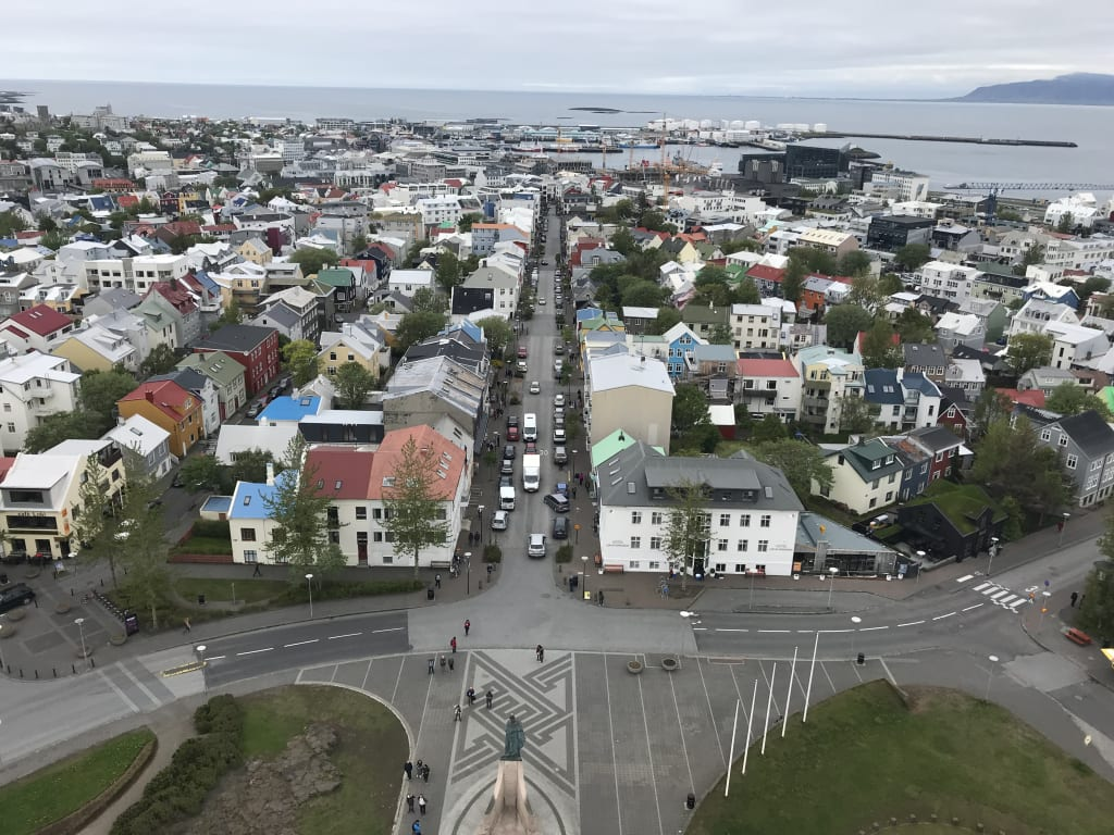 Wanna Travel to Iceland? Here's How to NOT Break the Bank