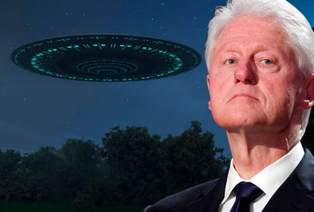 Bill Clinton and UFOs (Volutes)
