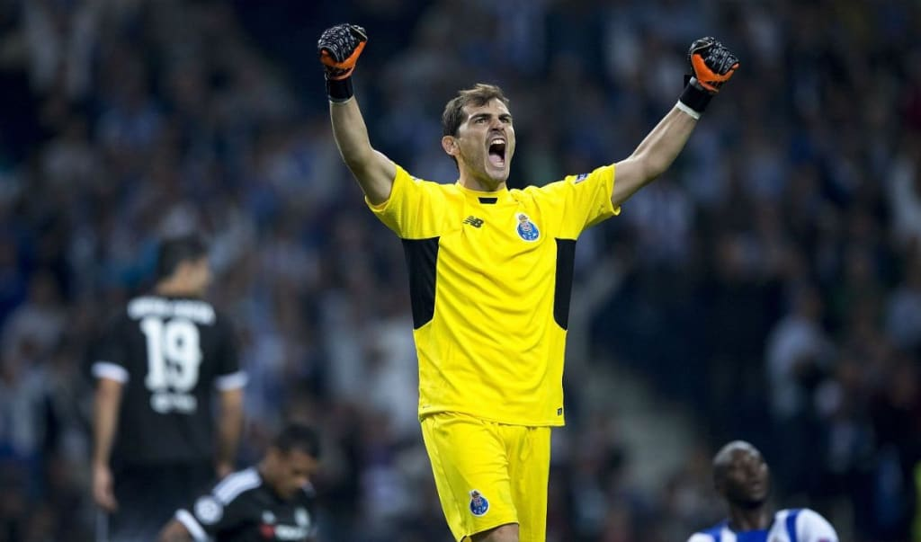 The 10 Best Goalkeeper Saves of All Time