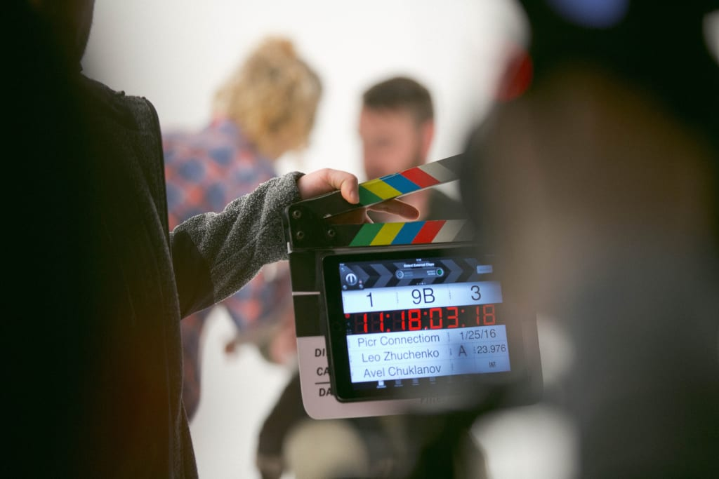 8 Biggest Differences Between Stage Acting and Film Acting