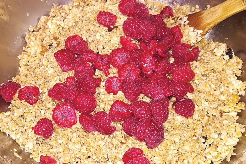 The Best Raspberry Flapjack Recipe to Increase Sports Performance