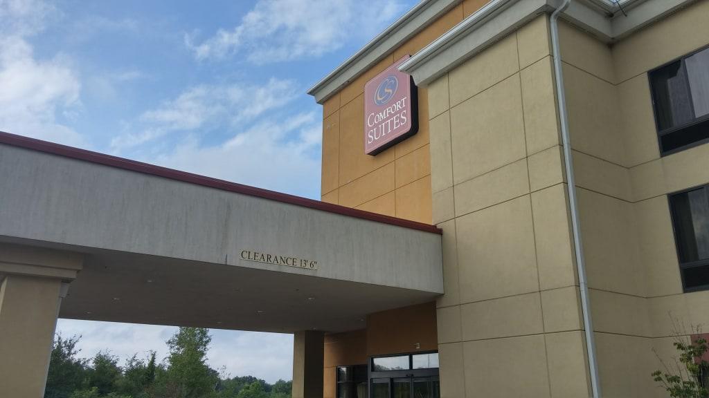 Comfort Suites Edinboro Pennsylvania Review (Two Queen Bed Jacuzzi Suite)