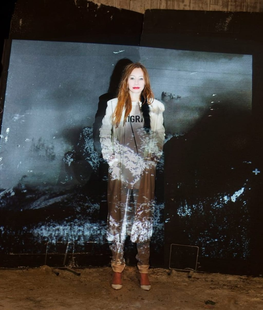 """Tori Amos Delivers First Glimpse Inside Native Invader with """"Cloud Riders"""""""
