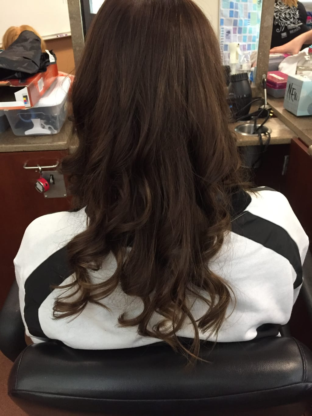 Cosmetology School: Is It Right for You?