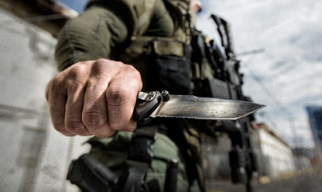 10 Tactical Folding Knives for Survival & Self-Defense
