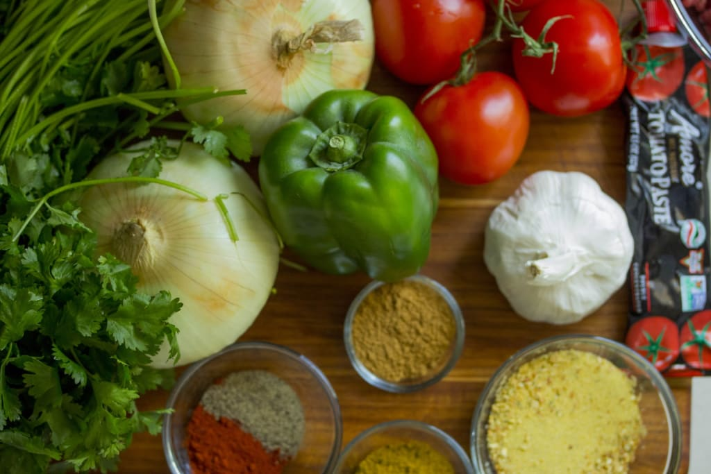 How to Eat a Plant-Based Diet Without Giving Up Meat Yet