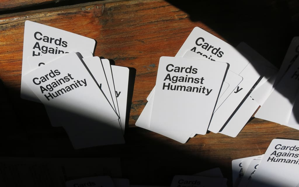 10 Card & Board Games That Are Fun to Play While Drunk