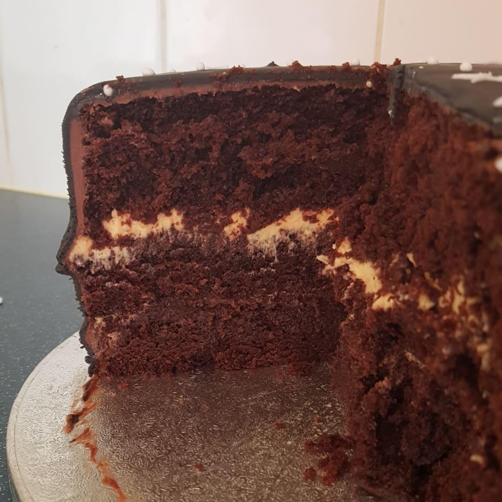 Recipe | Chocolate Cake With Whipped Orange Filling