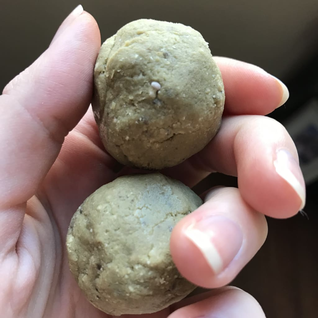 Avocado Energy Balls Recipe
