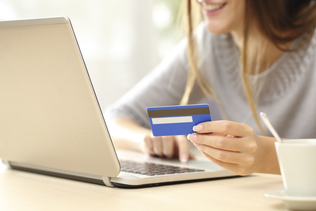 10 Best Credit Cards for Students 2018