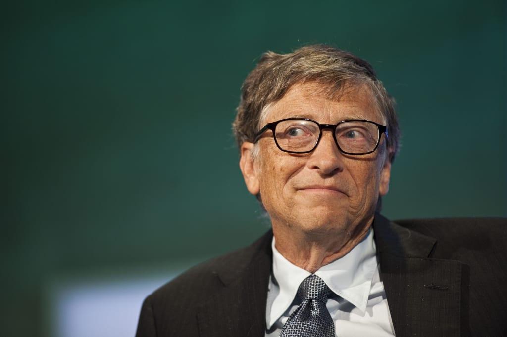 In the Spotlight: Bill Gates and Tony Robbins