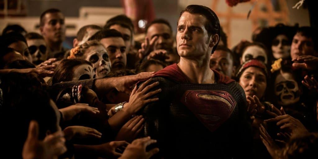 Zack Snyder Confirms A Fascinating Connection Between 'Batman V ...
