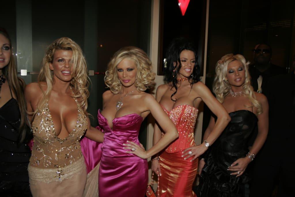 9 Non-Pornographic Films Starring Pornographic Actresses
