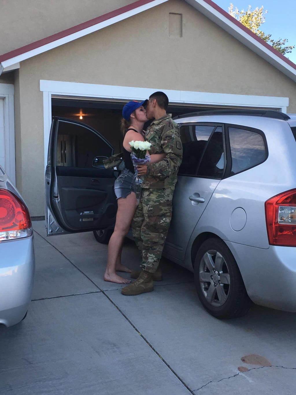 What to expect when dating an army man