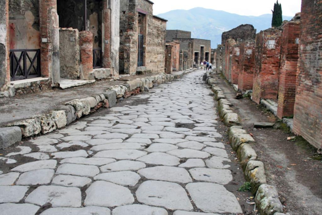 Pompeii: Ancient Modernity