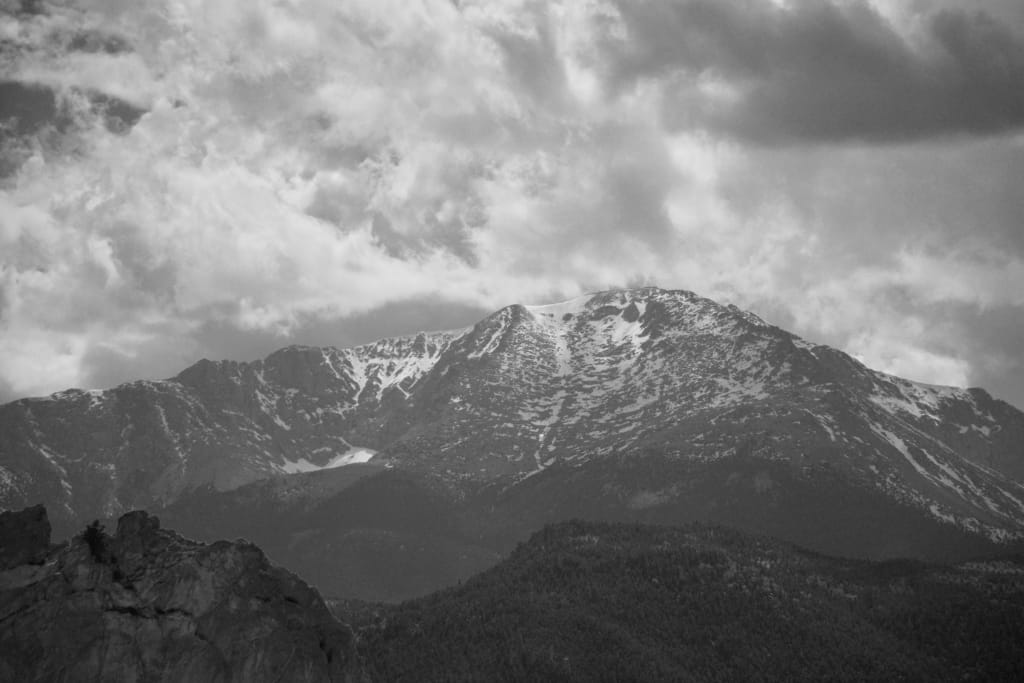 Short Stories - The Treasure of Pike's Peak