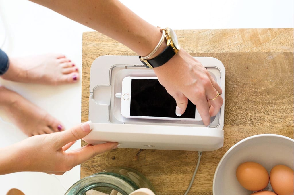 You Need to Clean Your Phone Everyday. Here's Why...